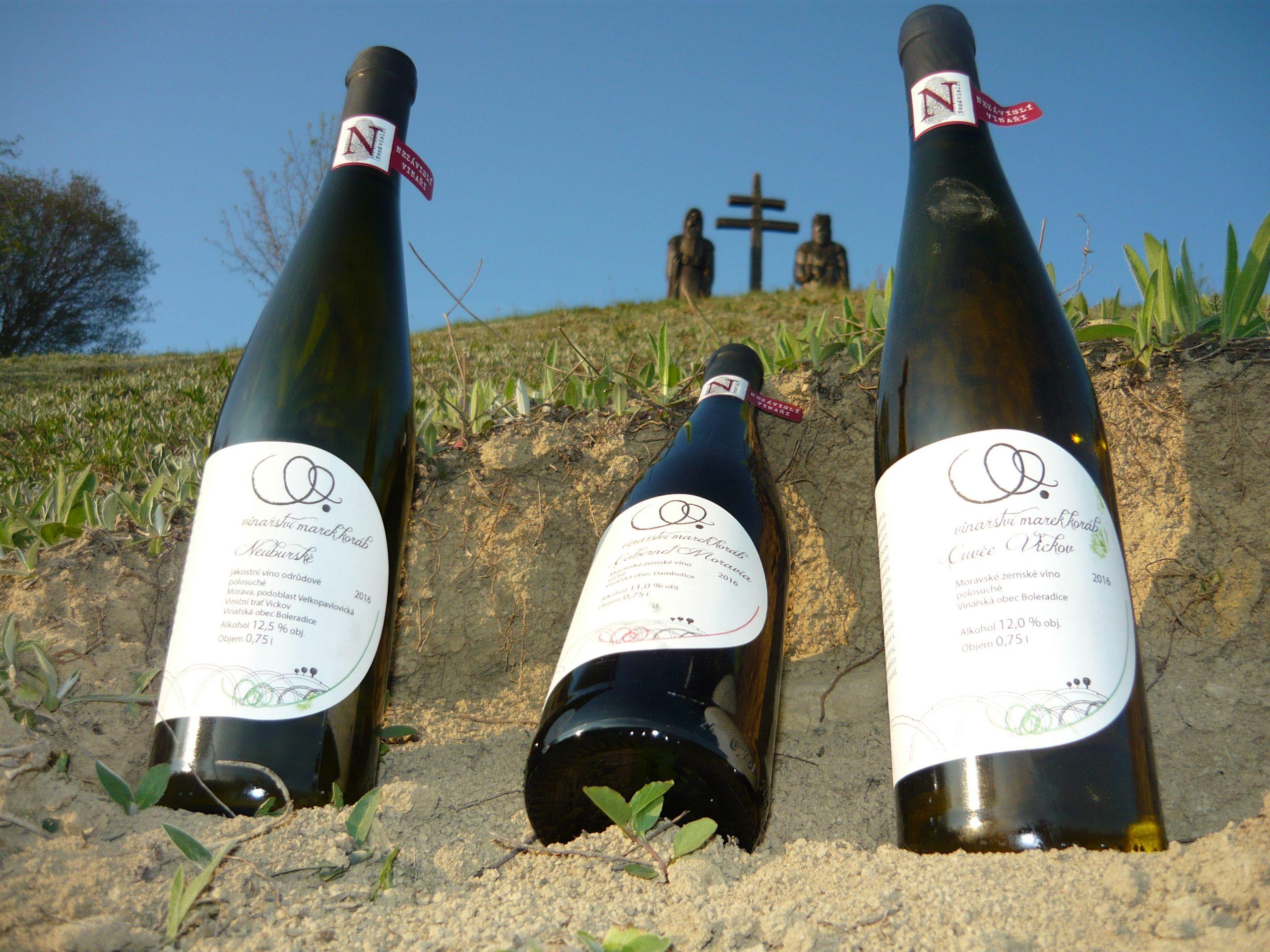 víno u svatých